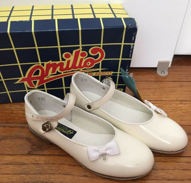 Amilio by Kesco Girl Dress Shoes White Patent Leather Mary Jane Sz 5,7,8,8.5 NEW