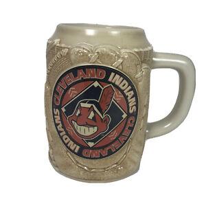 Vintage-Chief-Wahoo-1997-Cleveland-Indians-Beer-Stein-Mug-Original-Hologram