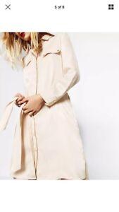 Dettagli su Abito camicia di raso Zara XS Nuovo con etichette mostra il titolo originale