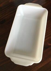 Fire King T. M. Reg 409 Made In US 1 Quart Loaf Pan Ivory Milk Glass Vintage