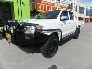2011-Toyota-Hilux-KUN26R-MY12-SR5-Double-Cab-Manual-5sp-M-Utility