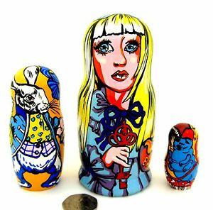 Nesting-Doll-Matryoshka-Russian-3-MATT-ALICE-Wonderland-White-RABBIT-Caterpillar