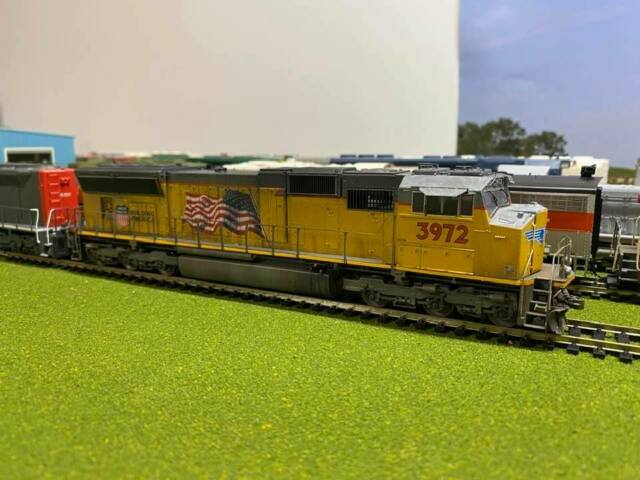 Athearn/Genesis EMD SD70M Union Pacific #3972 HO SCALE Weathered/LED's