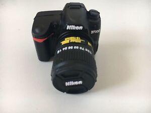Pendrive-Chiavetta-USB-2-0-16Gb-Fotocamera-Macchina-Fotografica-Nikon-Italia