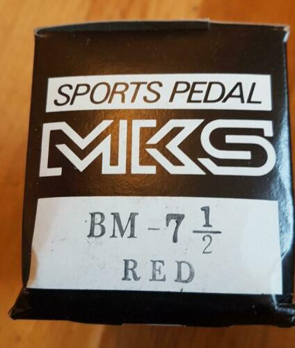 NOS BMX MKS BM 7 RED 1//2 INCH AXLE PEDALS BOXED EARLY 80/'s NEW OLD STOCK