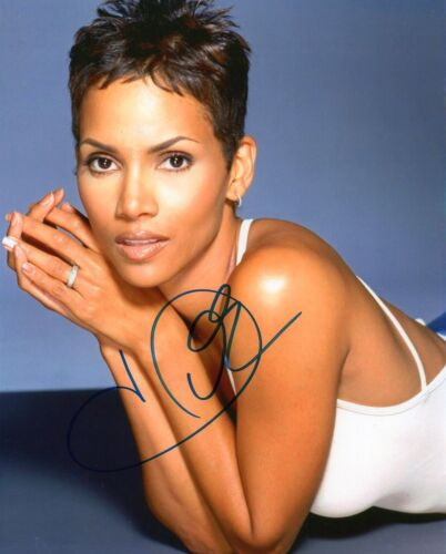 HALLE BERRY AUTOGRAPHED SIGNED A4 PP POSTER PHOTO PRINT 15