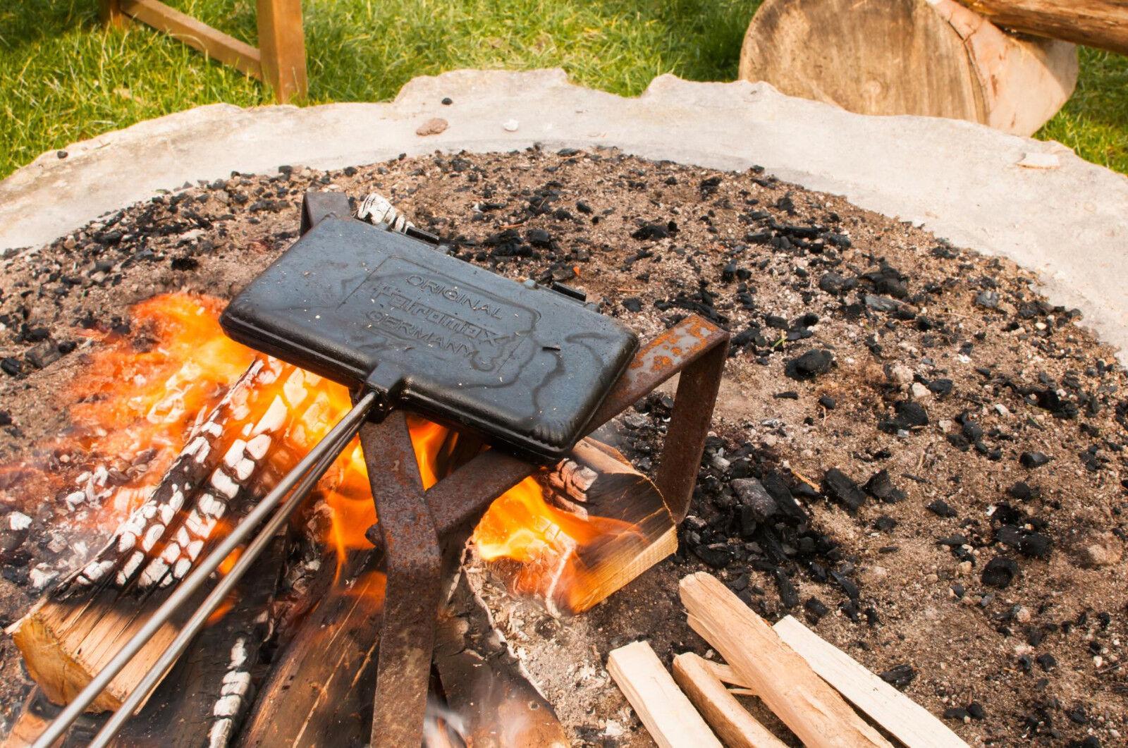 Petromax Waffeleisen für die Outdoor-Küche  | Mangelware