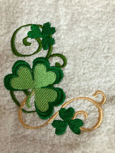 NWT St Patrick/'s White Embroider Luck Shamrock Cotton Hand Kitchen Towels 2