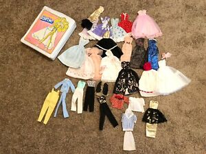 Vintage-Lot-Of-Barbie-Clothing-Clothes-Outfits-Dresses-With-Case-VTG