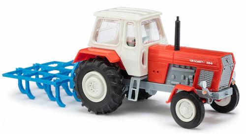 TT Busch 8712 Traktor mit Schwergrubber