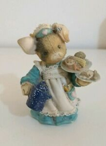 This-little-Piggy-TLP-034-Serving-Up-the-Slop-034-Pig-Waitress-Collectable-Enesco