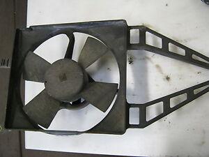 Opel-Astra-F-Kuehlerlueftermotor-mit-Zarge