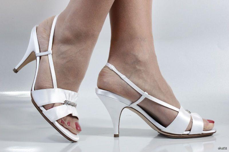 New COLE HAAN 'Ceci' Air white satin jeweled slingbacks Scarpe - 8.5 - Scarpe wedding b417a1