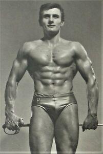 MALE-BODYBUILDER-MUSCLE-MEN-PHYSIQUE-PHOTO-STUDIO-ARAX-FOTO-CULTURISME-GAY-No-2