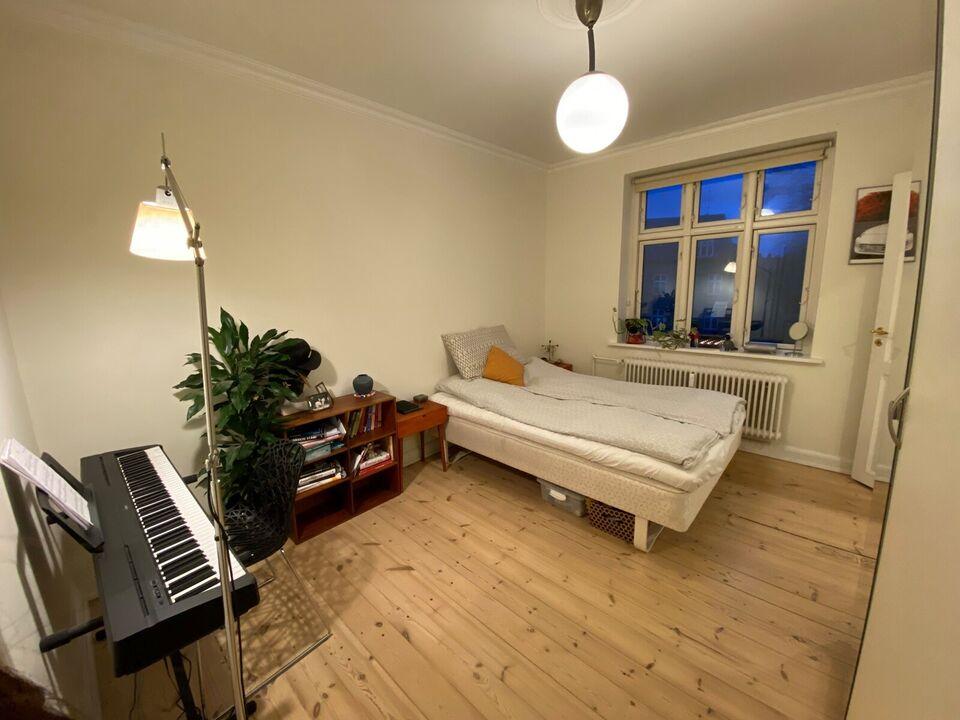 8200 2 vær. andelslejlighed, 55 m2, Niels juels Gade 74 3