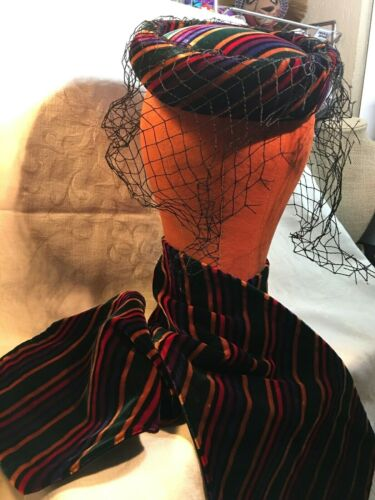 Vintage GORGEOUS Velvet Hat/veil & Neck Wrap!! Jay