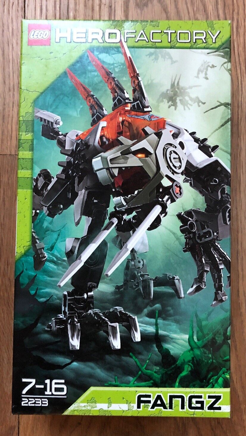 LEGO HERO FACTORY 2233 FANGZ   RARE   BRAND NEW BOXED & SEALED