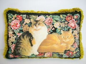 Cats-Throw-Pillow-12-034-x-17-034-Fringed-Cat-Friends