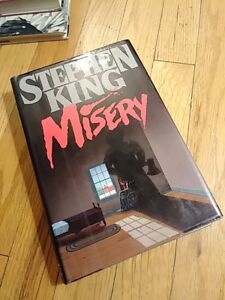 Stephen-King-MISERY-1st-Edition-1st-Printing-1987-HC-DJ