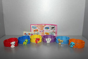 Serie Completo Pulseras (TR071 En - TR071 F) + 6 Bpz Kinder Italia 2012/2013