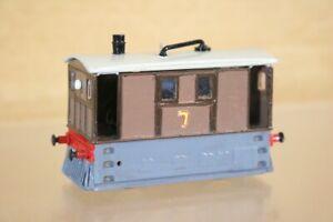 Kit Construit Hornby Thomas La locomotive Toby Le Tram 0-4-0 Locomotive 7 Ns