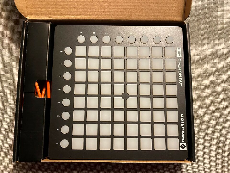 LAUNCHPAD MINI, novation LAUNCHPAD MINI