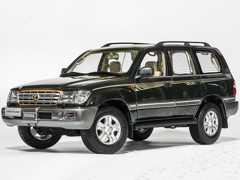 1 18 FAW TOYOTA 2005 Land Cruiser (J100) Vert Dealer Edition