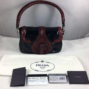 92334aa5e9eb PRADA Runway Burgundy Croc   Black Patent Leather Bag Leather Lined ...