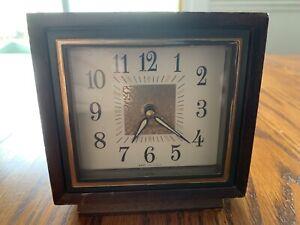 Westclox-TraveL-Wind-Up-Alarm-Clock-Vintage-Mid-Century-Modern-Wood-La-Salle-Ill
