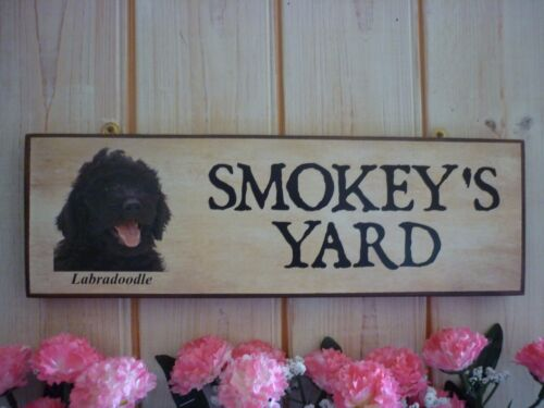 DOG SIGN LABRADOODLE SIGN PERSONALISED WELCOME SIGN YARD SIGN OWN NAME DOG GIFT