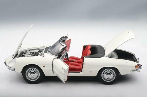 1:18 Autoart Alfa Romeo 1600 Duetto Spider 1966 Art 70136 nuevo New