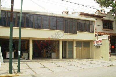 Local Comercial y casa Habitacion, todo con uso de suelo Comercial, Avenida muy concurr...