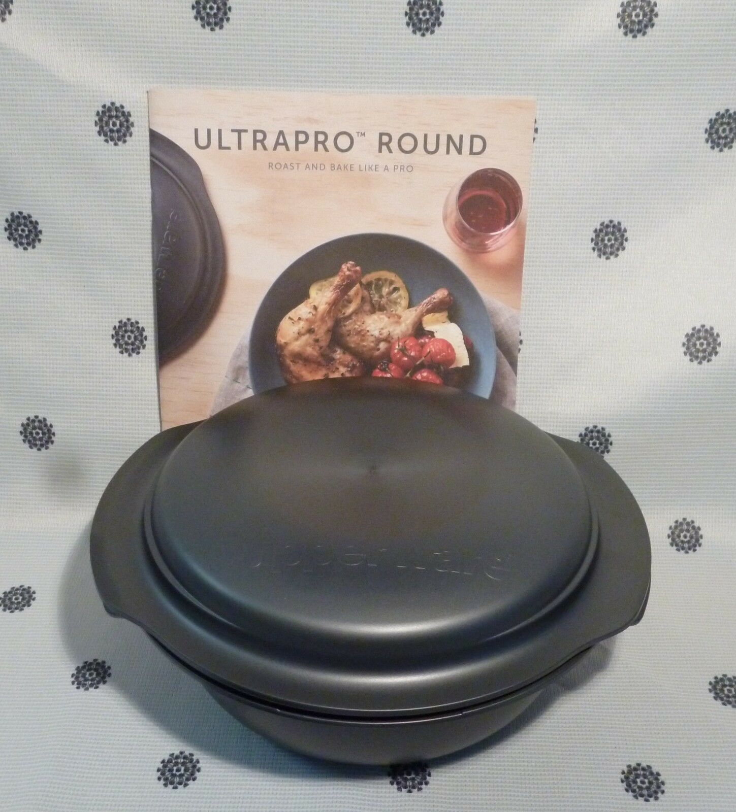 Tupperware UltraPro 2.5L Round Microwave Ovenware Bake   153 New