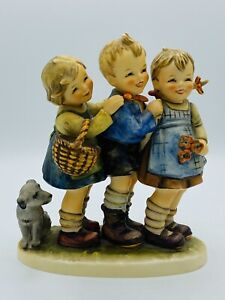 Hummel-FOLLOW-THE-LEADER-Hum-369-TMK5-7-Tall-Kids-With-Dog-MINT