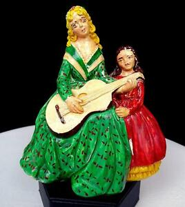 VINTAGE-CHALKWARE-MOTHER-PLAYING-GUITAR-WITH-DAUGHTER-5-1-2-034-FIGURINE-1950-039-s