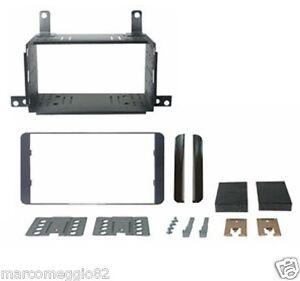 Kit-di-fissaggio-per-autoradio-Doppio-DIN-Daihatsu-Sirion-08-gt-Subaru-Justy-08-gt