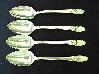 Lot Of 4 1847 Rogers Bros First Love 6 1//4 Place//Soup Spoons Silverplate Estate