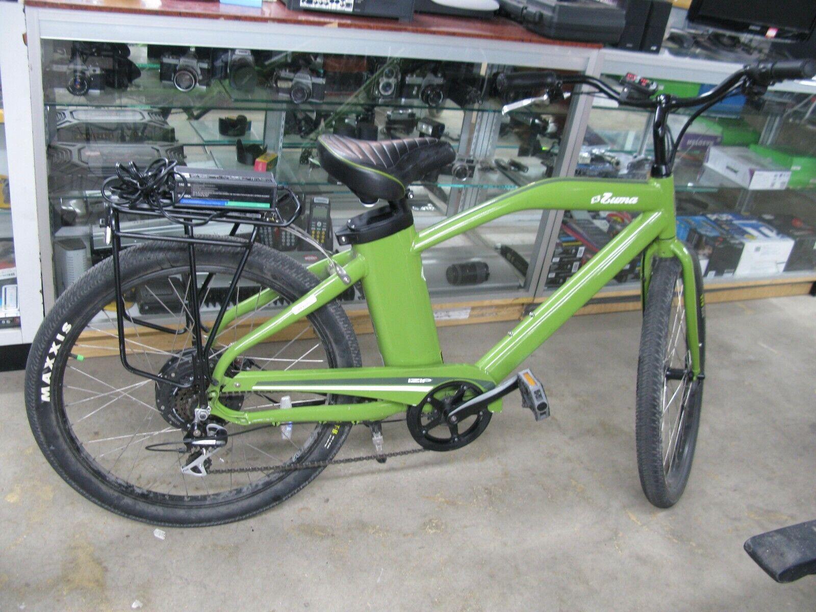 Zuma iZip E3 electric bicycle