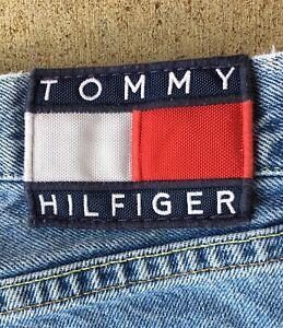 Vintage Tommy Hilfiger Grande Bandera Pantalones Cortos De Mezclilla Para Hombres 34 11 En Costura Ebay