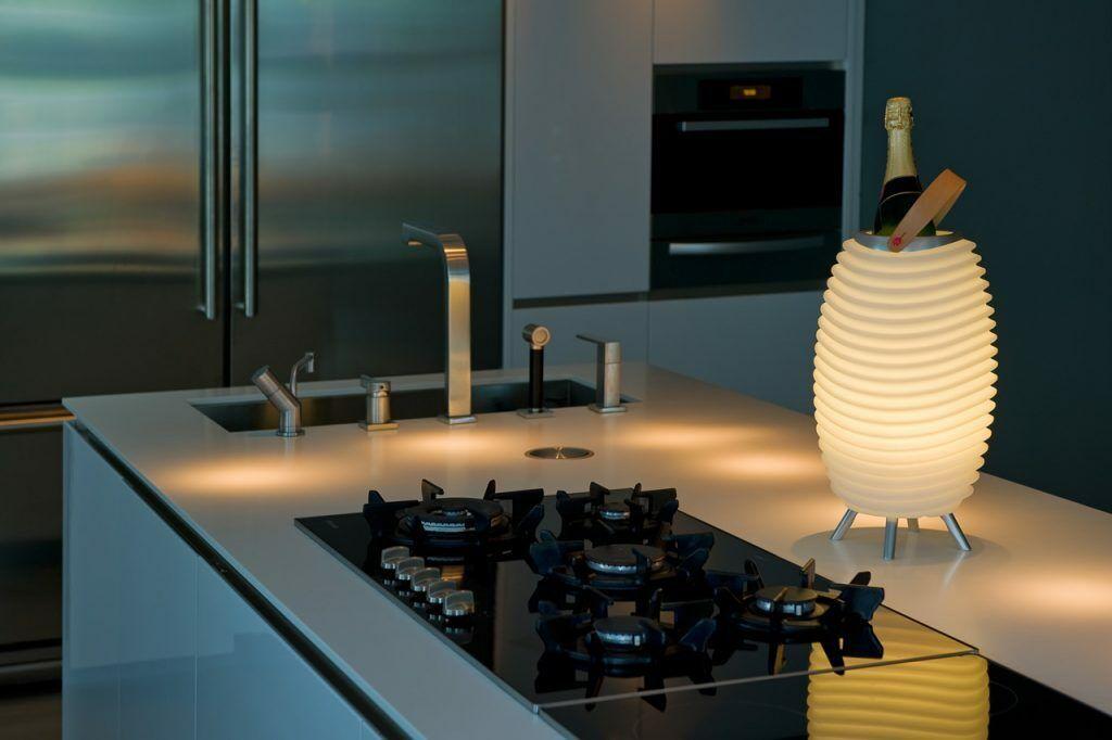 1 x KOODUU Synergy 35S Stereofähig BT Speaker Tragbare LED Lampe Sektkühler