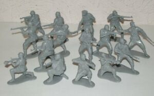 Mars-32013-1-32-German-Elite-Infantry-World-War-Two-Plastic-toy-soldiers
