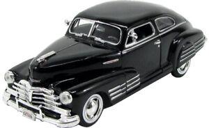 Chevrolet-Chevy-aerosedan-Fleetline-coupe-negro-1948-1-24-Motormax-modelo-au