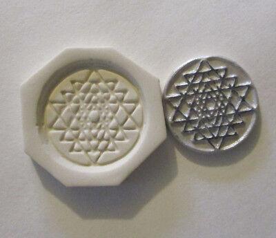 "Celtic wolfs Hard Polymer Clay Mold DIY Jewelry Pendant Size 1-1//4/""x1-3//8/"""