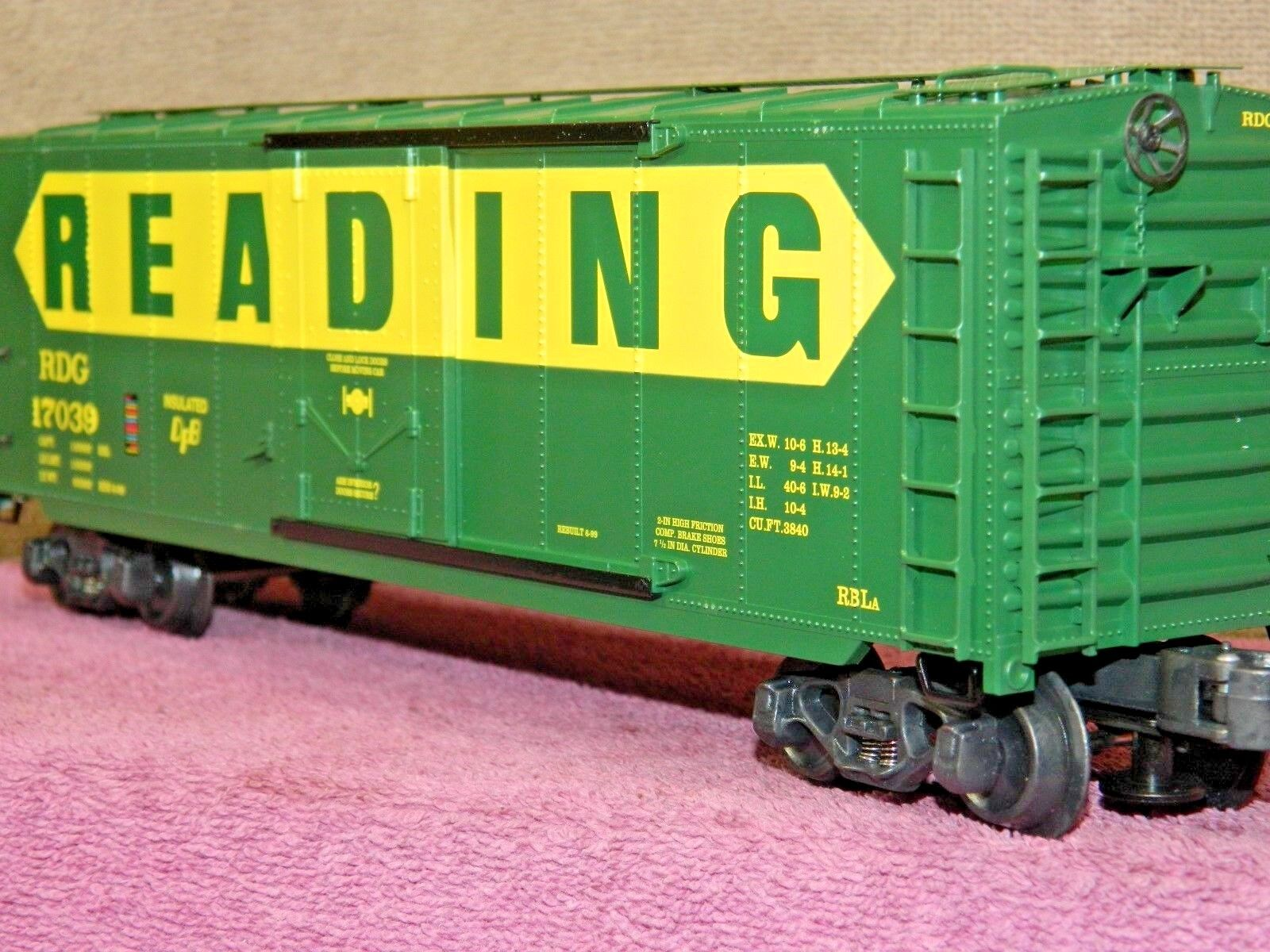 K-LINE SCALE  K761-1931 READING 40ft SINGLE DOOR GREEN BOX CAR COMPLETE NIB