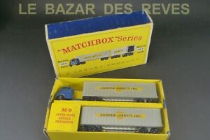 MATCHBOX LESNEY GB.  Camion avec remorque  MAJOR PACK. REF: M 9. + Boite.
