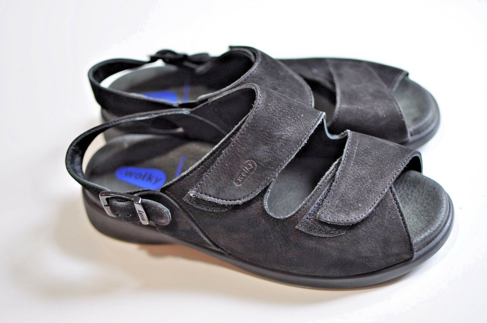 Wolky Womens black leather sandals size 38