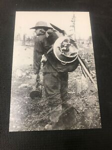 postcard-Prospector-On-The-Klondike-Trail-Pursuit-Dream-Pioneer-Card-Repro-I01