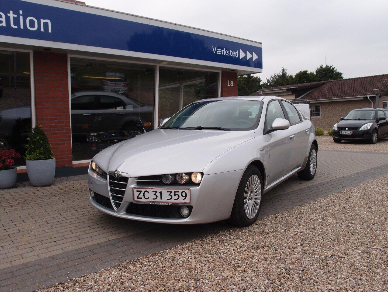 Alfa Romeo 159 1,9 JTS 4d