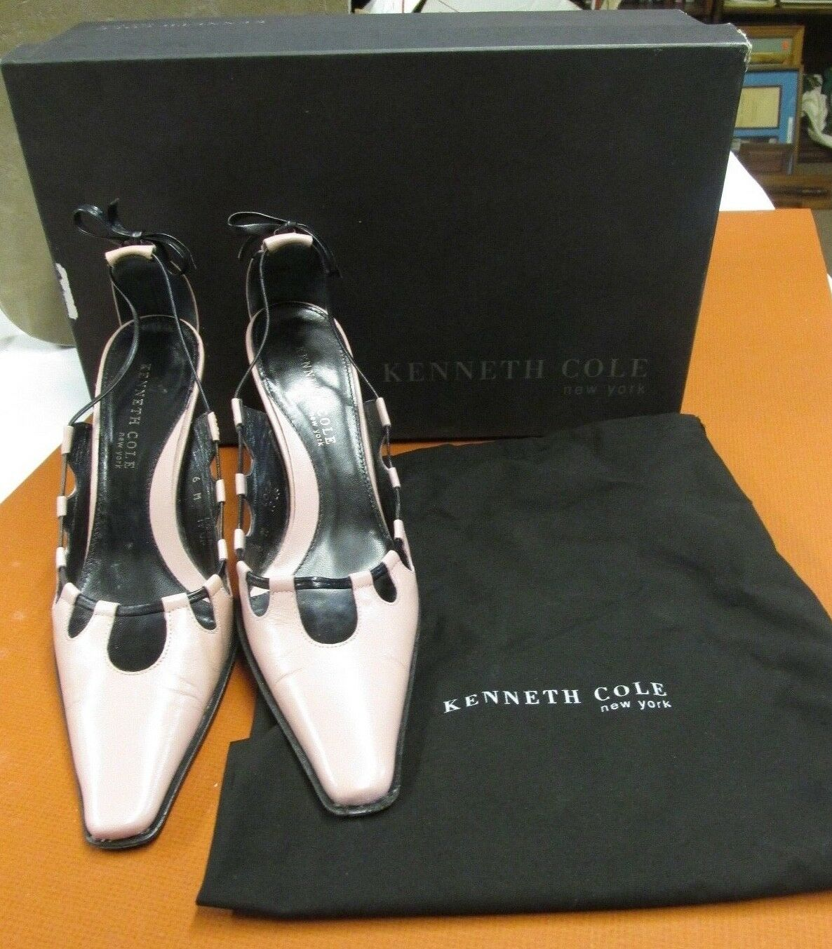 KENNETH COLE 3