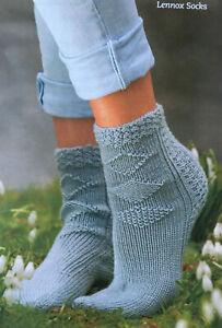 KNITTING-PATTERN-Ladies-Textured-Diamond-Socks-Textured-Trim-Debbie-Bliss-DK